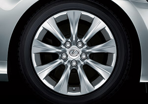 Lexus LM Rad SPOKE 9 7 5x17 Farbe silber Preis für 4 Stk