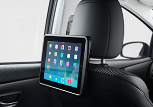 In Car Entertainment iPad Halterung mit USB Anschluss