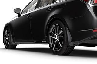 Lexus Schmutzfängerset 4 tlg für Vorder und Hinterachse lackiert in Wagenfarbe 8X1 blau metallic Exklusivfarbe für F Sport Modelle